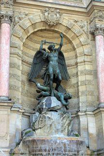 640px-Saint_michel_terrassant_le_dragon_by_francisque_duret